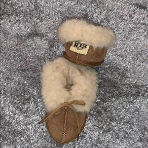 Other - RJ's fuzzies toddler slippers